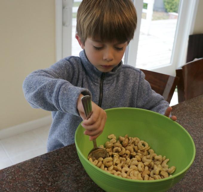 mixing-cashews